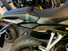 Load image into Gallery viewer, Dry carbon fiber Fit Honda CB650R tail handles grip side panel trim protector