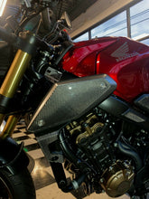 Load image into Gallery viewer, Real Dry carbon fiber Fit Honda CB650R sides tank air inlets cover pad Trim