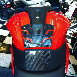 Real Carbon Fiber Tank Protector Pad Sticker with pads Fit BMW S1000XR 2015-2018