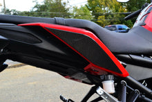 Load image into Gallery viewer, Fits Yamaha FZ09  MT09 real carbon tail sides fairing trim protector kit pad