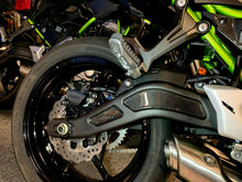 Load image into Gallery viewer, Real carbon fiber Fit Kawasaki Z650 rear suspension Trim KIT overlay