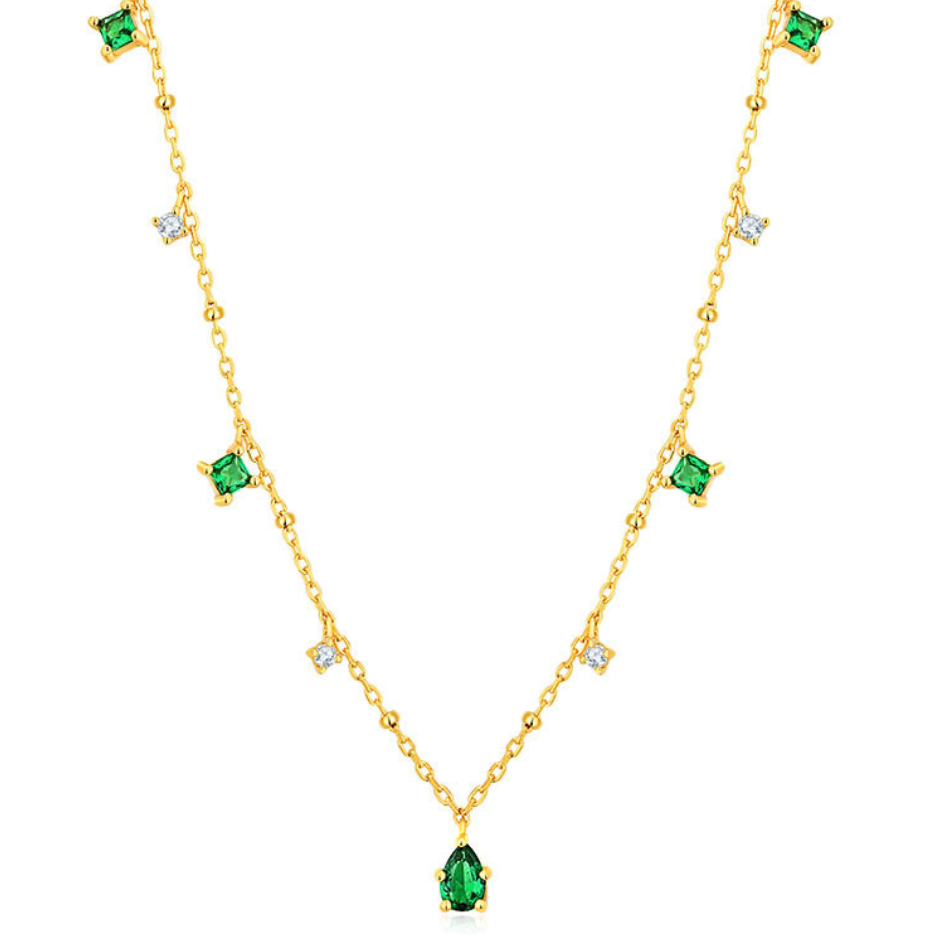 Dainty green necklace