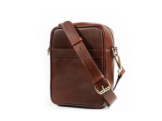 Dyne Classic Travel Leather Bag