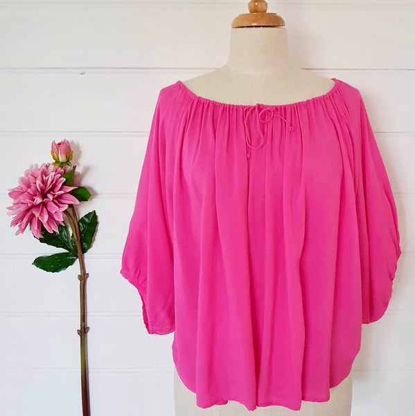 Lola Top (short) Hot Pink