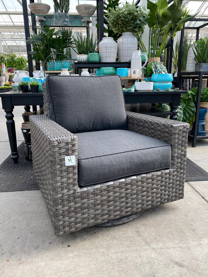 HARBORSIDE SWIVEL CHAIR