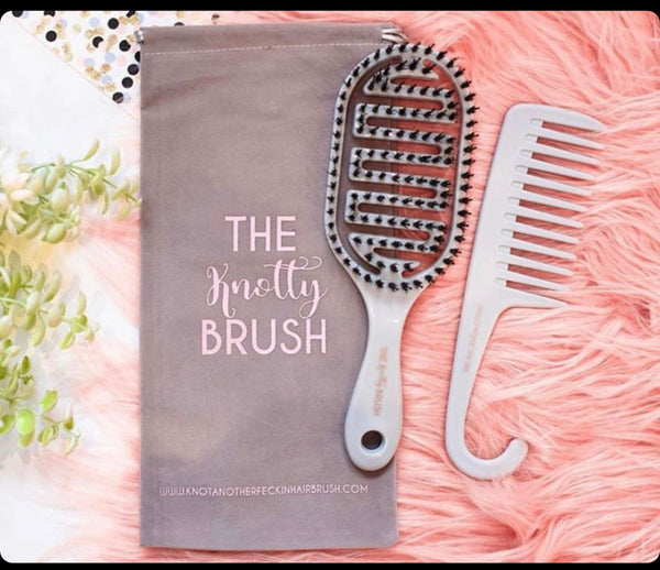 The knotty brush and shower comb