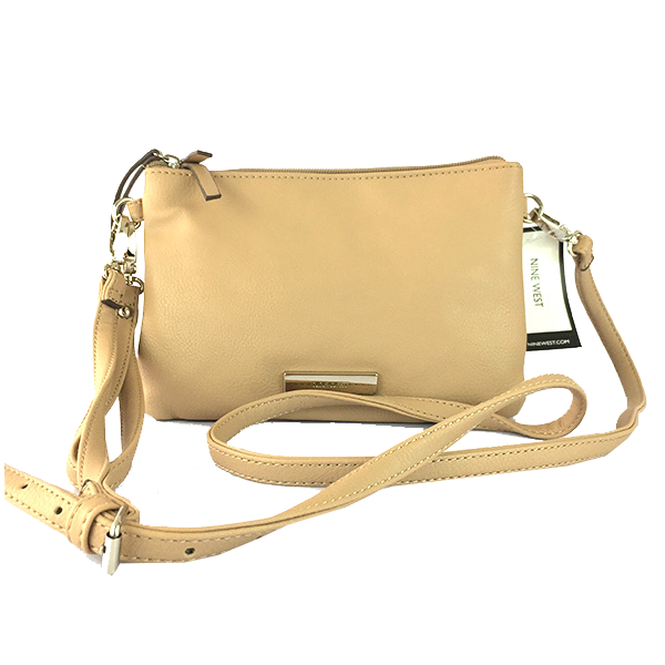 Bolsa tipo Clutch de Nine West color miel