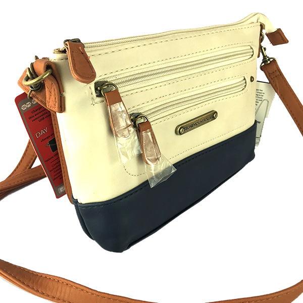 Bolsa tipo Clutch de Stone Mountain color blanco y azul