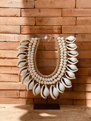 Collier Papou en coquillages Cypraea