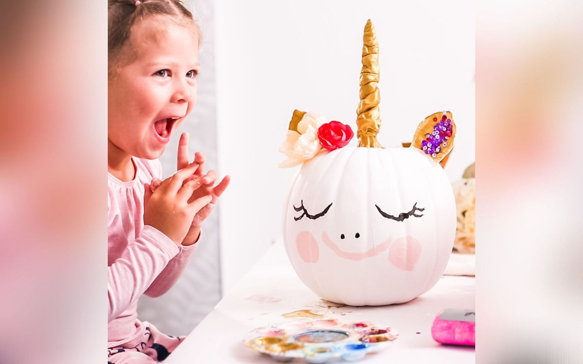 unicorn, unicorn pumpkin, pumpkin decorating, safe pumpkin decorating, pumpkin carving, pumpkin painting, jack o lantern ideas, girly pumpkin ideas,