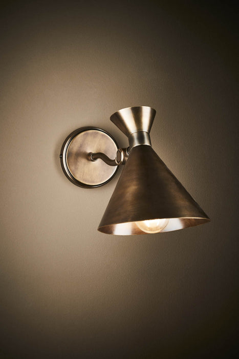 Lawson wall lamp in lantern brass - House of Isabella AU