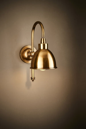 Austin Wall Lamp in Brass