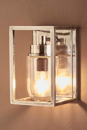 Wellington Wall Lamp Outdoor Silver