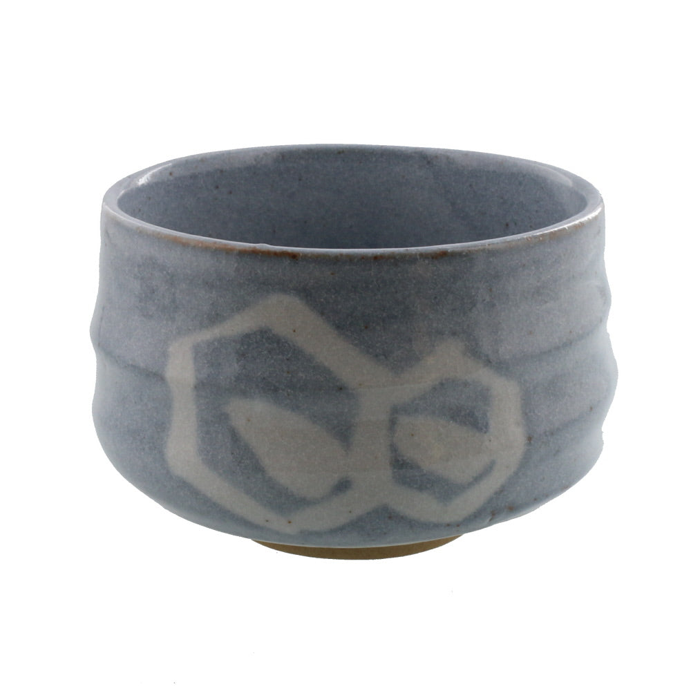 Authentic 22 oz Pottery Matcha Tea Cup Chubby Body Gray Penetration (Cracking) Design Handmade Comes in a Box