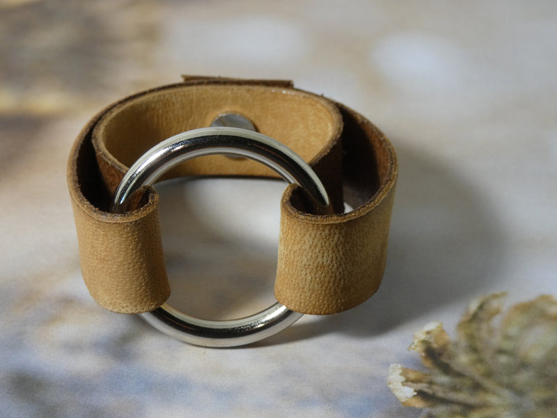 Circle O Ring Leather Cuff