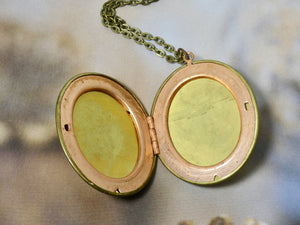 Picture Locket, Oval Vintage Locket Necklace