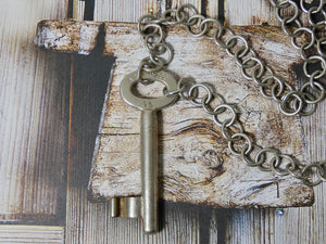 Skeleton Key Necklace, Chunky Silver Unisex Key Necklace