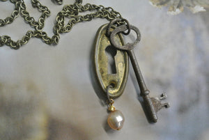 Skeleton Key and Key Hole Cover Necklace
