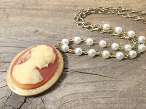 Vintage Cameo Locket