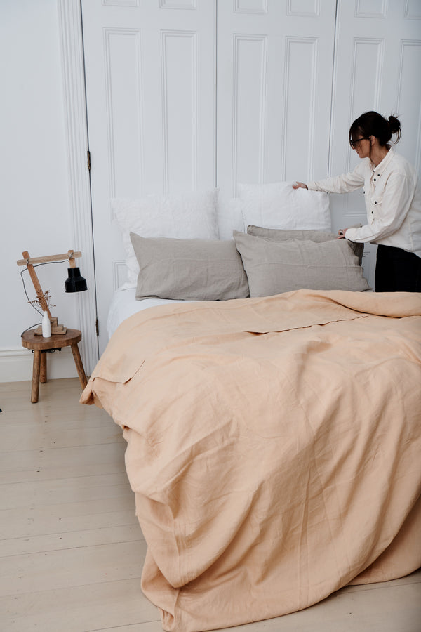 5 tips for your bedroom by Virginie Matine