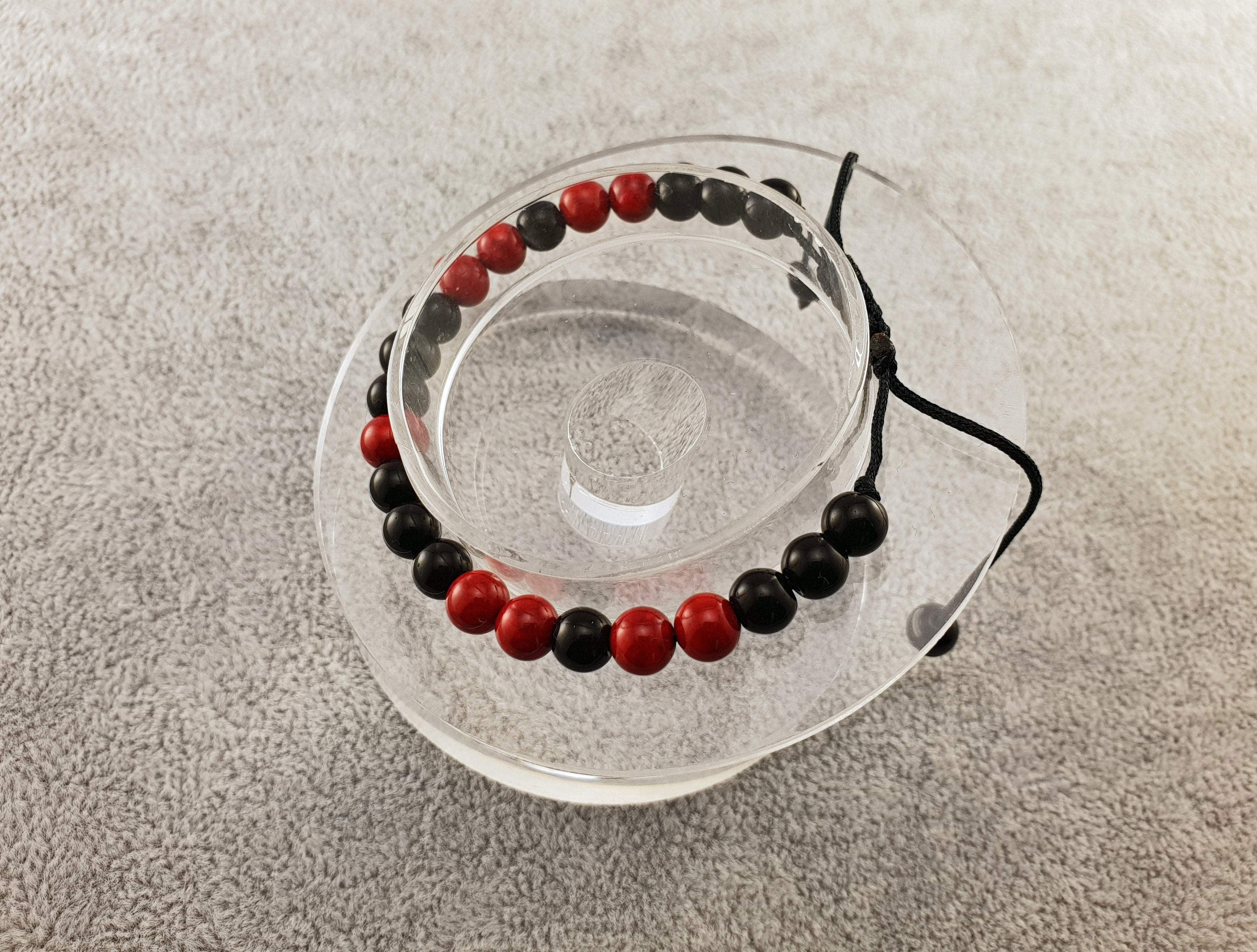 Agate beads - Black and Red - By Janine Jewellery