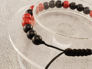 Agate beads - Black and Red - Beaded bracelets - By Janine Jewellery