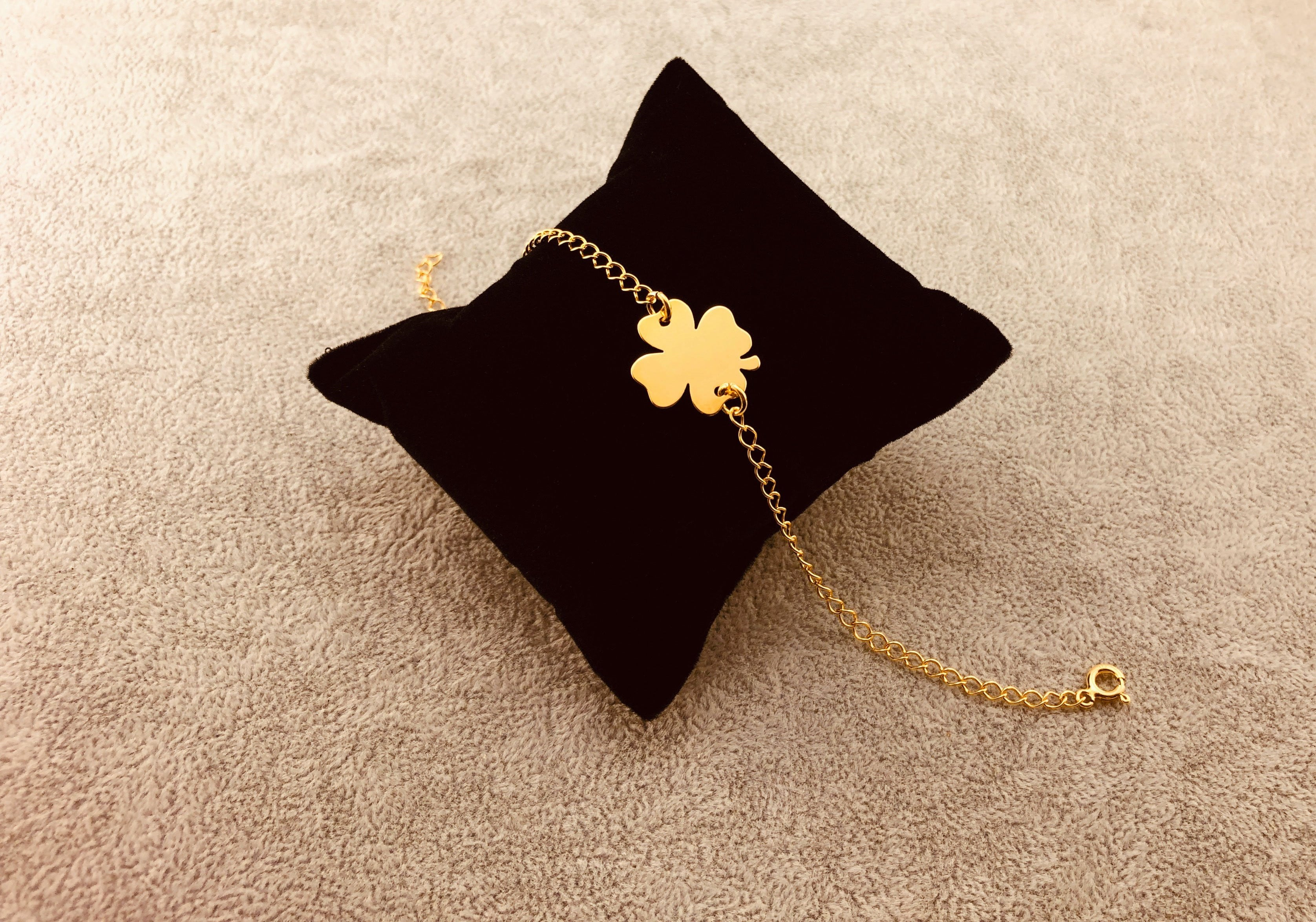 GOLD PLATED 24K BRACELET - GOLD CLOVER - By Janine Jewellery