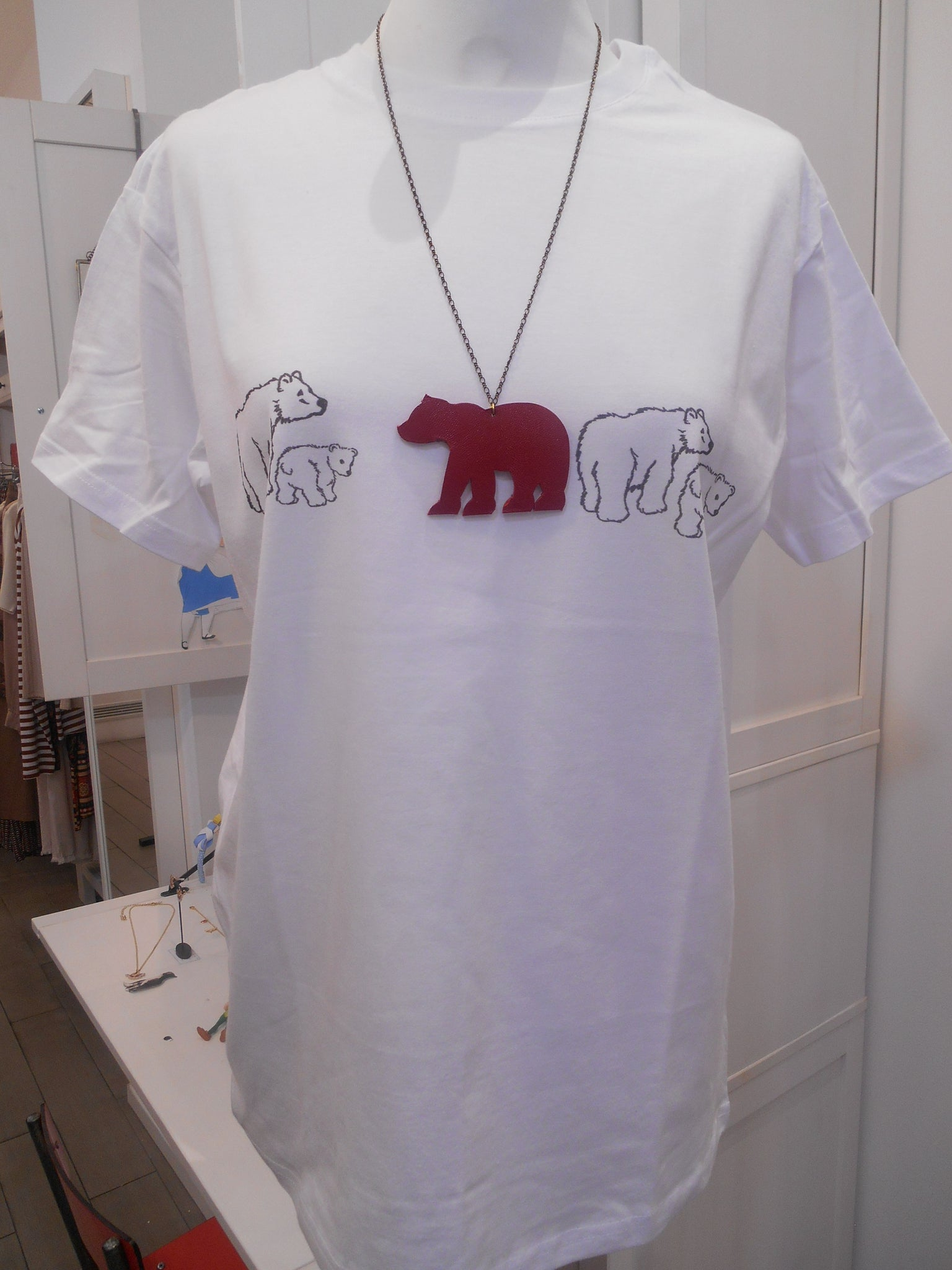 T Shirt donna con collana Bear