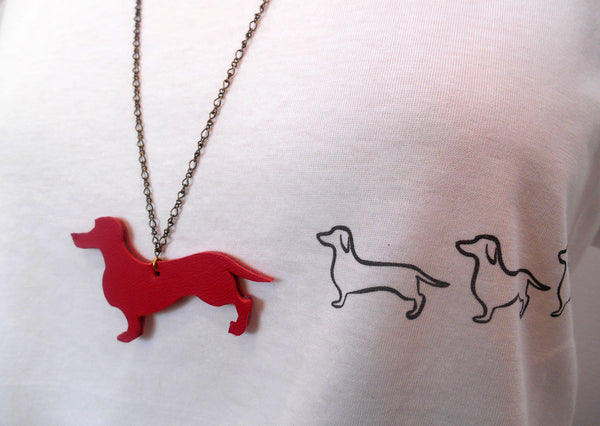 T-shirt donna collana dog rosso