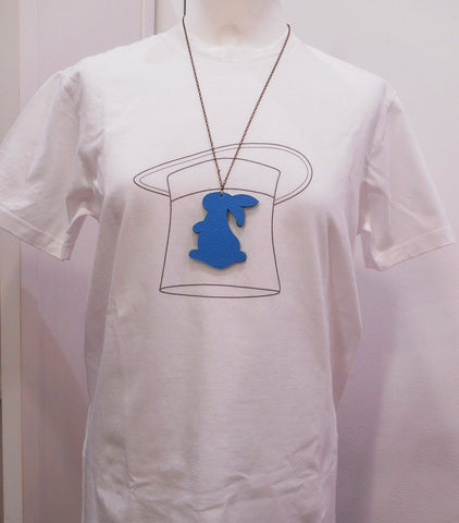 T-shirt donna con collana rabbit azurro
