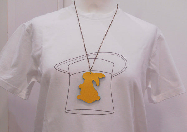 T-shirt donna con collana rabbit giallo