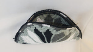 Black Beige White Semi Circle Clutch - Wuitusu