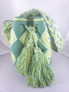 Green Handmade Wayuu Bag - Free USA Shipping - Wuitusu