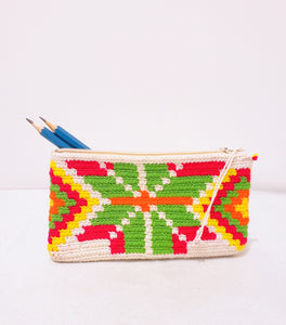 White Handmade Crochet Wayuu Pencil Case - Wuitusu