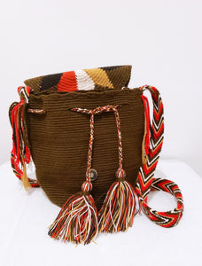 Brown Medium Handmade Wayuu Mochila Bag with Flap - Wuitusu