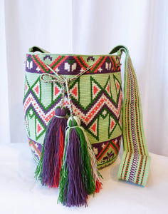 Shari One-thread Handmade Wayuu Mochila Bag