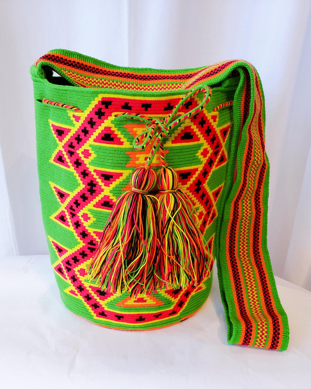 Jo One-Thread Handmade Wayuu Mochila bag - Wuitusu