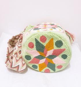 Soft Handmade Punch-needle Wayuu Bucket Bag - Wuitusu