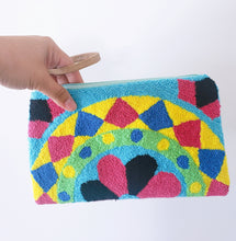 Enith Handmade Wayuu Punch-needle Clutch - Wuitusu