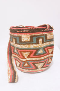 Charlotte Handmade Medium Wayuu Bag - Wuitusu