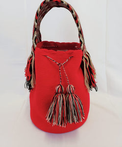 Red Handmade Wayuu Mochila Bag with Extra-Thick Short Strap - Wuitusu