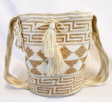 Cream Handmade Wayuu Mochila Bag with Gold Chrystals - Wuitusu