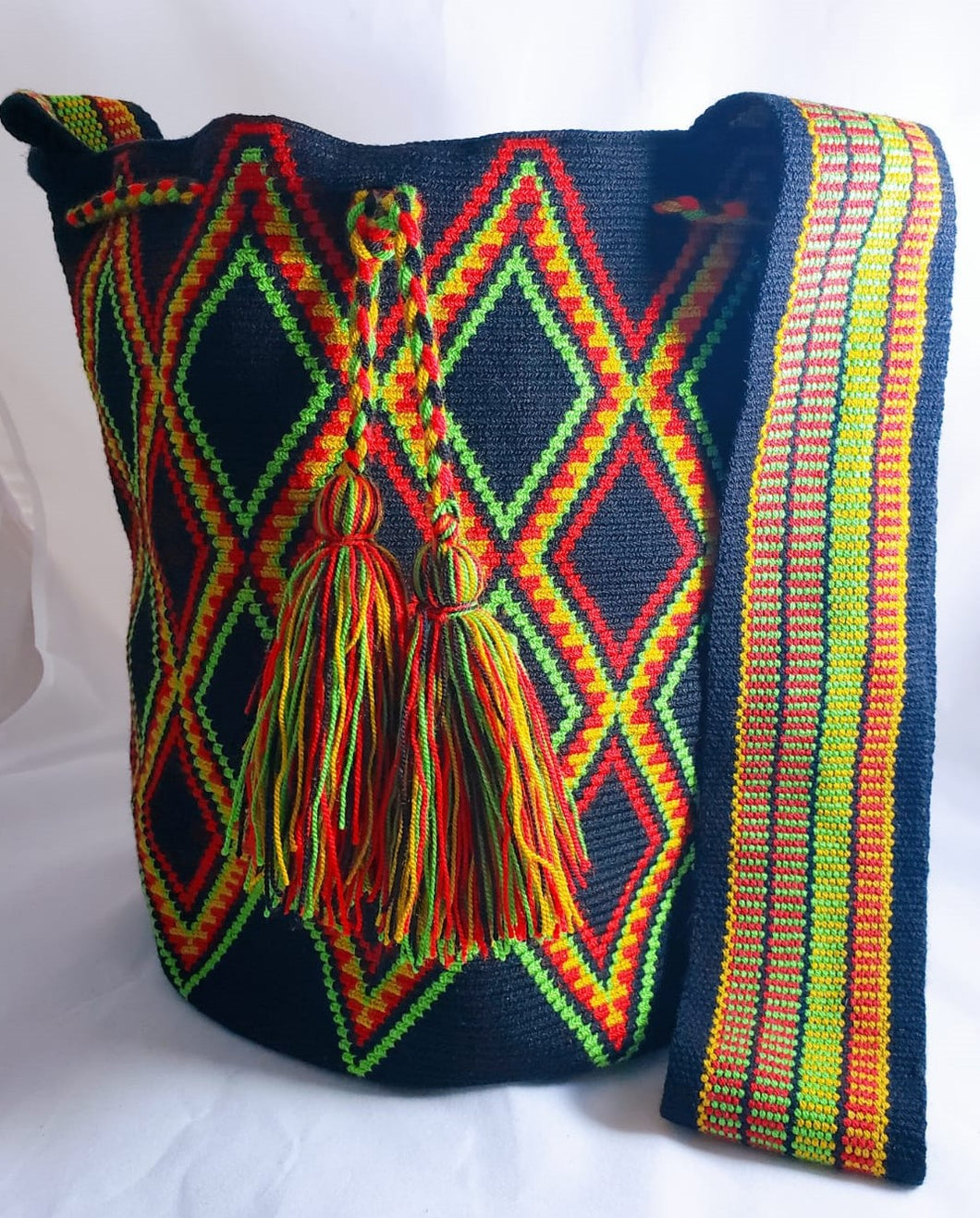 Green Red And Yellow Diamond One-thread Wayuu Mochila Bag - Wuitusu