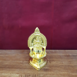 Kamakshi vilaku ( medium)