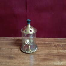 Load image into Gallery viewer, Brass lamp holder..(small)