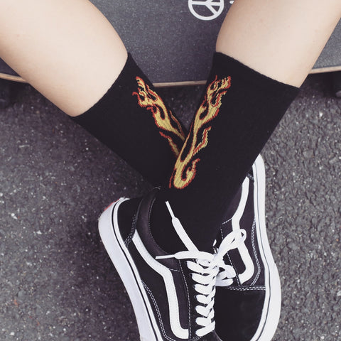 WJFXSOX 1 pairs Original flame tide brand lovers socks Harajuku male female Skateboard hiphop Meias unisex Flame Pattern Socks-moslily