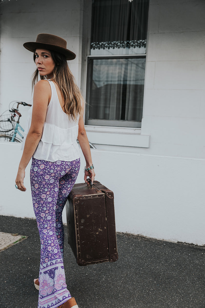 SHELL PAISLEY BELL BOTTOMS - PURPLE