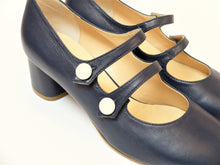 Upload the image to the Gallery viewer, Décolleté Ines Blue Ivory Buttons