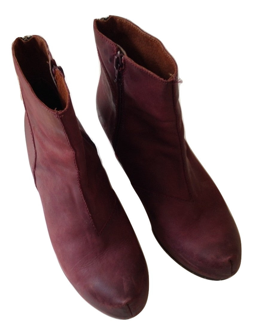 Sixty Seven  aubergine ankle boots Size 41