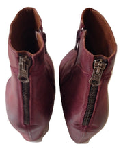 Load image into Gallery viewer, Sixty Seven  aubergine ankle boots Size 41